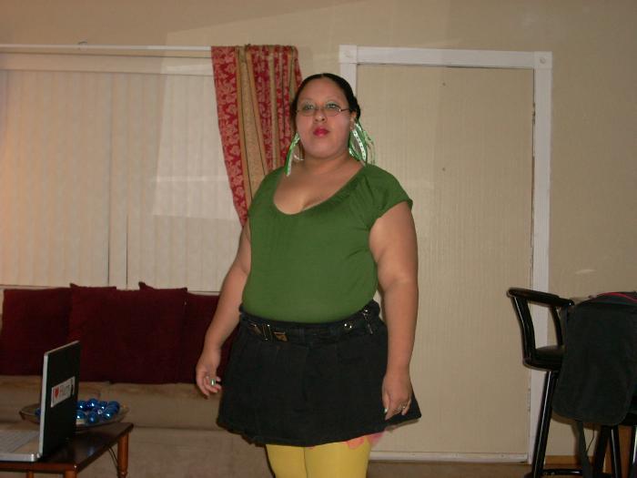 zoek vrouw voor trio dikke blote tieten